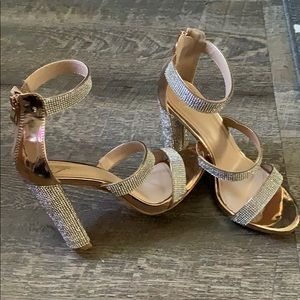 Windsor Glossy Nude Sparkle Heels